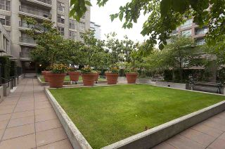 Photo 16: 979 RICHARDS Street in Vancouver: Downtown VW Townhouse for sale (Vancouver West)  : MLS®# R2180094