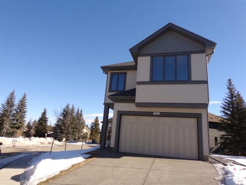 FEATURED LISTING: 39 Shawnee Heath Southwest Calgary