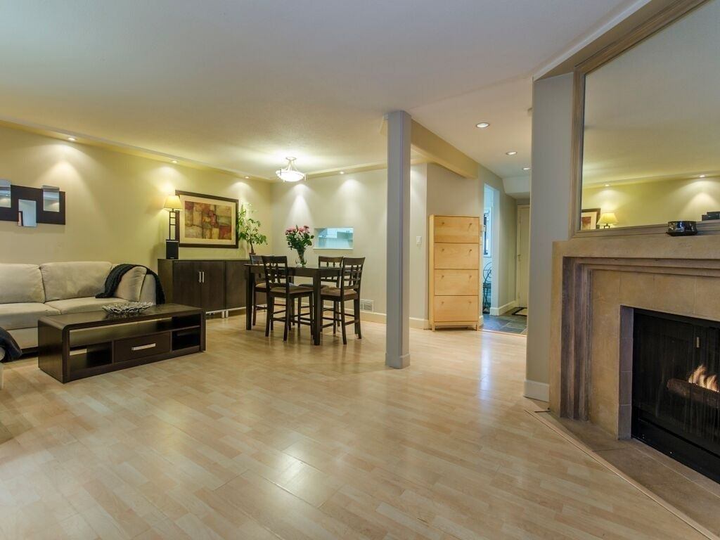 """Main Photo: 1098 PREMIER Street in North Vancouver: Lynnmour Townhouse for sale in """"Lynnmour Village"""" : MLS®# R2031349"""