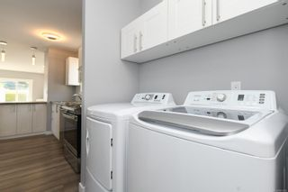 Photo 33: 16 1240 Wilkinson Rd in : CV Comox Peninsula Manufactured Home for sale (Comox Valley)  : MLS®# 881930