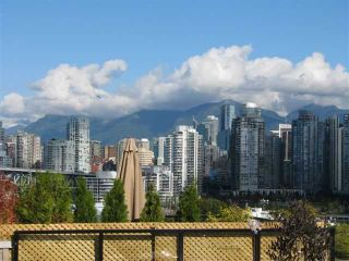 "Photo 8: 305 1299 W 7TH Avenue in Vancouver: Fairview VW Condo for sale in ""MARBELLA"" (Vancouver West)  : MLS®# V856379"