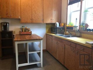 Photo 2: 356 Boyd Avenue in Winnipeg: Residential for sale (4A)  : MLS®# 1826643