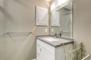 """Photo 14: 701 15333 16 Avenue in Surrey: Sunnyside Park Surrey Condo for sale in """"The Residence of Abby Lane"""" (South Surrey White Rock)  : MLS®# R2510169"""