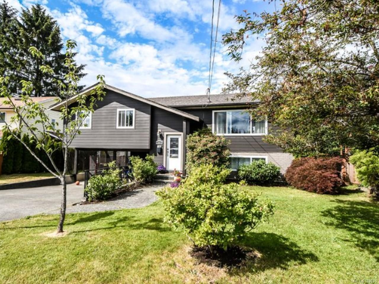Main Photo: 566 BARTLETT ROAD in CAMPBELL RIVER: CR Willow Point House for sale (Campbell River)  : MLS®# 789321