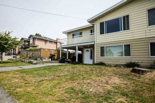 Photo 2: 7590 DAVIES Street in Burnaby: Edmonds BE 1/2 Duplex for sale (Burnaby East)  : MLS®# R2107790