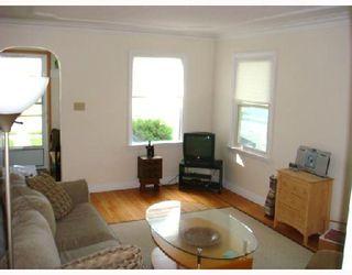 Photo 3: 115 BANK Avenue in WINNIPEG: St Vital Residential for sale (South East Winnipeg)  : MLS®# 2815561