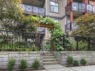 "Photo 10: 114 2336 WHYTE Avenue in Port Coquitlam: Central Pt Coquitlam Condo for sale in ""CENTREPOINTE"" : MLS®# V973270"