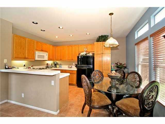 Photo 7: Photos: EAST ESCONDIDO House for sale : 5 bedrooms : 2329 FALLBROOK PLACE in ESCONDIDO