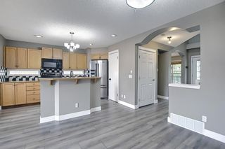 Photo 6: 105 Prestwick Heights SE in Calgary: McKenzie Towne Detached for sale : MLS®# A1126411