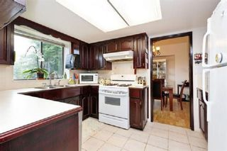 Photo 13: 10036 157A Street in Surrey: Guildford House for sale (North Surrey)  : MLS®# R2448128