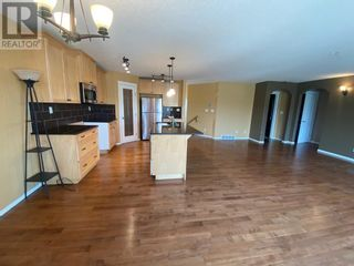 Photo 10: 648 Bankview Drive in Drumheller: House for sale : MLS®# A1131346