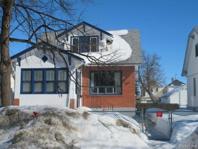 Main Photo:  in WINNIPEG: North End Residential for sale (North West Winnipeg)  : MLS®# 1404958