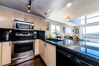 "Photo 11: 405 212 LONSDALE Avenue in North Vancouver: Lower Lonsdale Condo for sale in ""Two One Two"" : MLS®# R2361446"