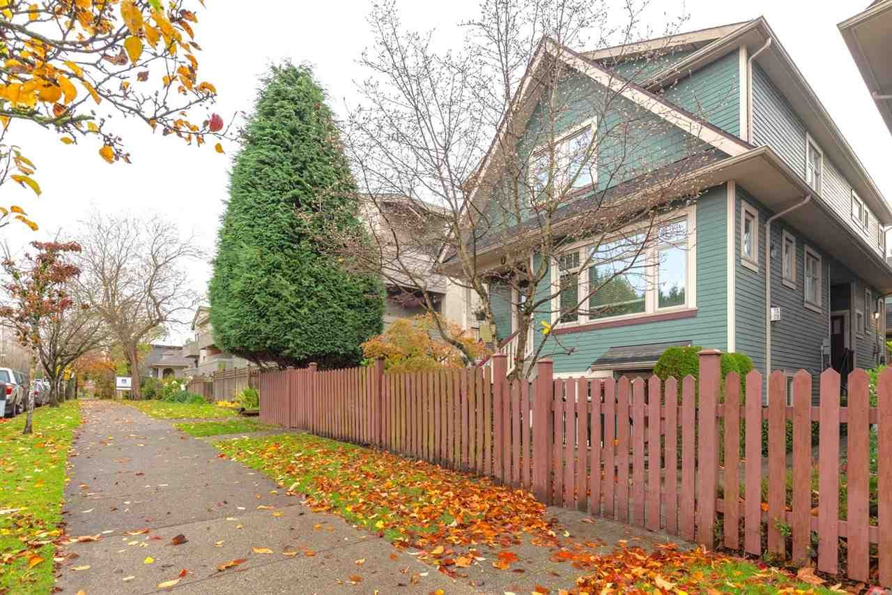 """Main Photo: 1526 GRAVELEY Street in Vancouver: Grandview Woodland Townhouse for sale in """"Gravely Heights"""" (Vancouver East)  : MLS®# R2518305"""