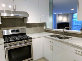 """Photo 10: 1502 7080 ST ALBANS Road in Richmond: Brighouse South Condo for sale in """"MONACO AT THE PALMS"""" : MLS®# R2238976"""