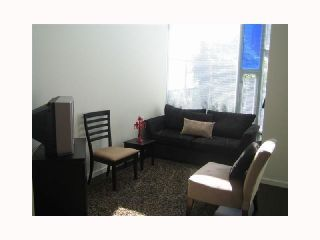 """Photo 4: 103 REGIMENT Square in Vancouver: Downtown VW Townhouse  in """"SPECTRUM 3"""" (Vancouver West)  : MLS®# V817637"""