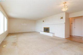Photo 6: 8591 Lochside Dr in NORTH SAANICH: NS Bazan Bay House for sale (North Saanich)  : MLS®# 790088