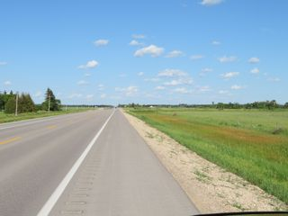 Photo 4: 0 PTH 15 Highway in Dugald: RM Springfield Vacant Land for sale (R04)  : MLS®# 202016001