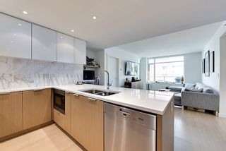 Photo 2: 706 110 SWITCHMEN STREET in Vancouver East: Mount Pleasant VE Home for sale ()  : MLS®# R2092718