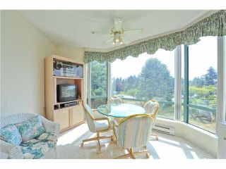 """Photo 8: 303 1705 MARTIN Drive in Surrey: Sunnyside Park Surrey Condo for sale in """"SOUTHWYND"""" (South Surrey White Rock)  : MLS®# F1420126"""
