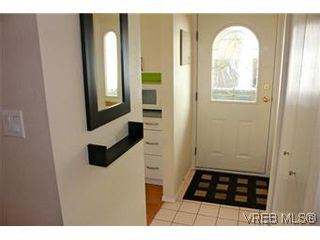 Photo 5: 6 1070 Chamberlain St in VICTORIA: Vi Fairfield East Row/Townhouse for sale (Victoria)  : MLS®# 585831