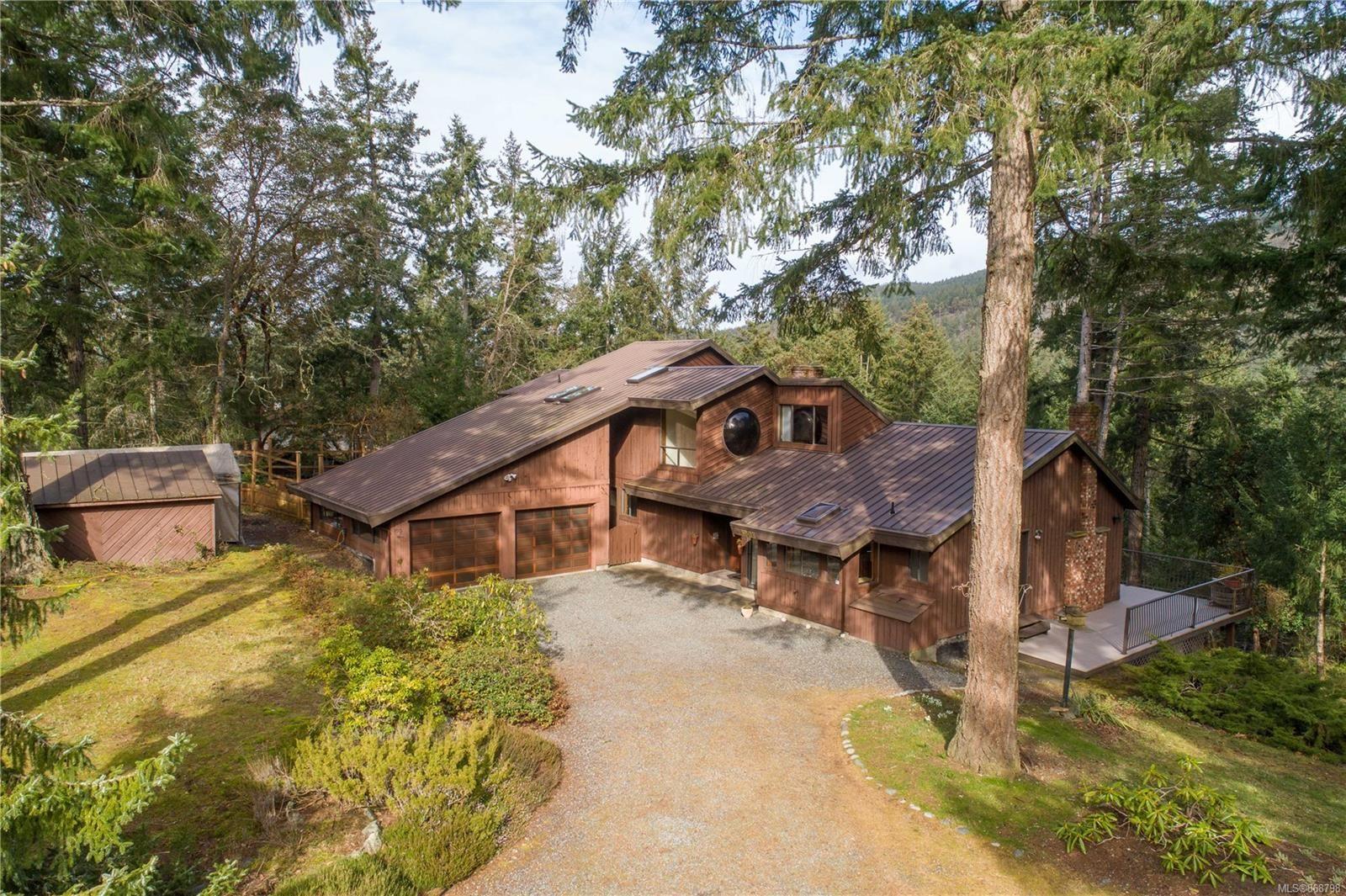 Main Photo: 1007 Grandview St in : Du East Duncan House for sale (Duncan)  : MLS®# 868798
