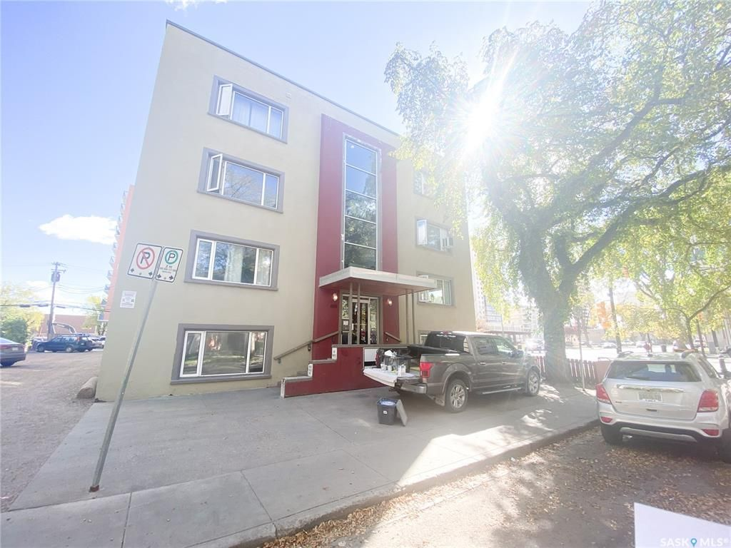 Main Photo: 30 400 4th Avenue North in Saskatoon: City Park Residential for sale : MLS®# SK871773