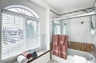 Photo 32: 125 Sienna Park Drive SW in Calgary: Signal Hill Detached for sale : MLS®# A1117082