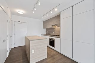 """Photo 13: 1708 652 WHITING Way in Coquitlam: Coquitlam West Condo for sale in """"MARQUEE AT LOUGHEED HEIGHTS"""" : MLS®# R2589949"""