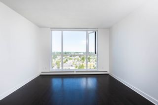 """Photo 4: 2002 10777 UNIVERSITY Drive in Surrey: Whalley Condo for sale in """"CITY POINT"""" (North Surrey)  : MLS®# R2595806"""