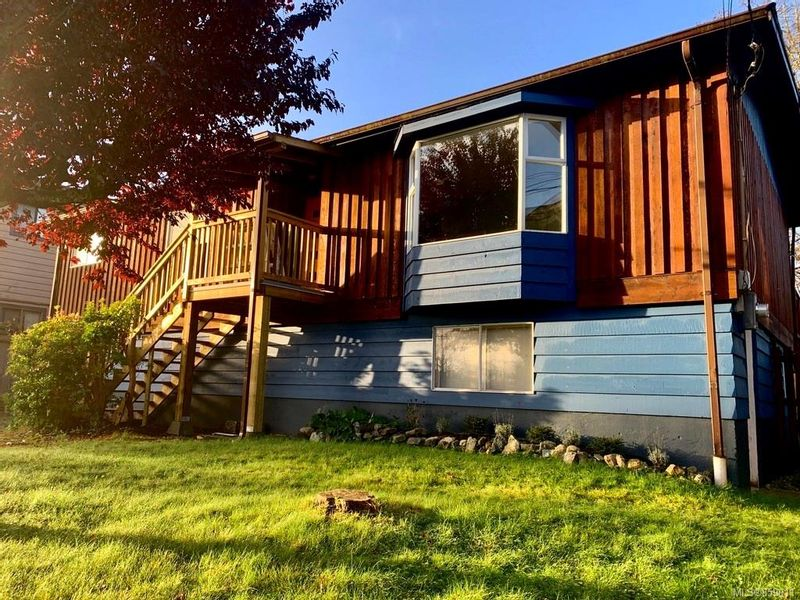 FEATURED LISTING: 1310 Helen Rd