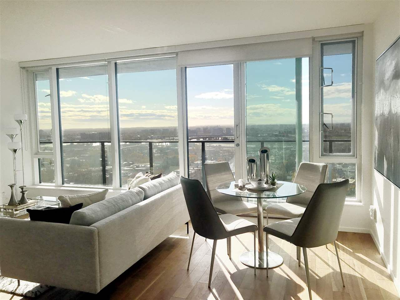 Main Photo: 1801 8555 GRANVILLE Street in Vancouver: S.W. Marine Condo for sale (Vancouver West)  : MLS®# R2427323