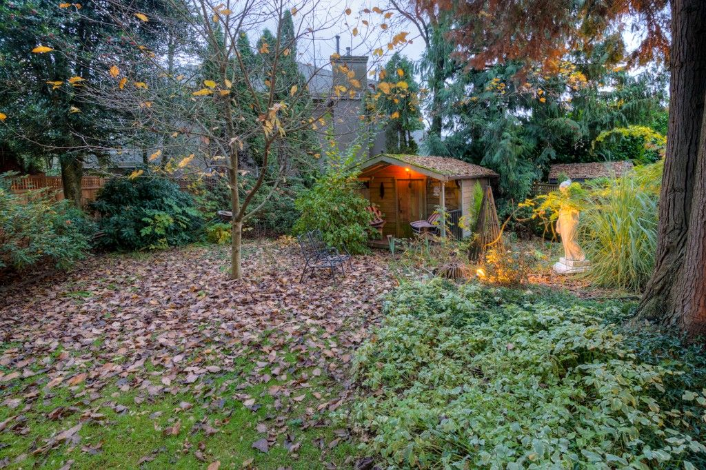 """Photo 87: Photos: 214 FOURTH Avenue in New Westminster: Queens Park House for sale in """"QUEENS PARK"""" : MLS®# R2136258"""