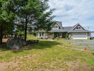 Photo 1: 2390 Humphrey Rd in MERVILLE: CV Merville Black Creek House for sale (Comox Valley)  : MLS®# 738200