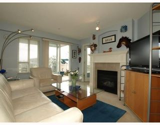 Photo 4: 111-333 East 1st Street in North Vancouver: Lower Lonsdale Condo for sale : MLS®# V762405