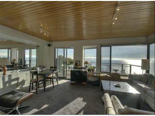 Photo 3: 15054 ROYAL Avenue: White Rock House for sale (South Surrey White Rock)  : MLS®# F1401844