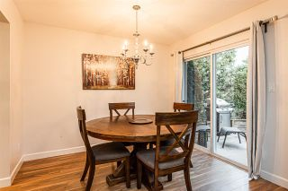 """Photo 7: 25 36060 OLD YALE Road in Abbotsford: Abbotsford East Townhouse for sale in """"Mountain View Village"""" : MLS®# R2428827"""