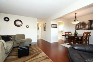 Photo 4: 7 400 Culduthel Rd in VICTORIA: SW Gateway Row/Townhouse for sale (Saanich West)  : MLS®# 805780