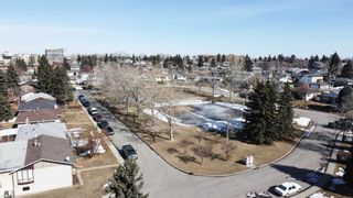 Photo 2: 2115 Mackid Crescent NE in Calgary: Mayland Heights Detached for sale : MLS®# A1080509