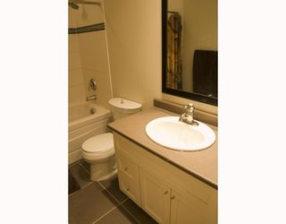 """Photo 7: 104 3895 SANDELL Street in Burnaby: Central Park BS Condo for sale in """"CLARKE HOUSE"""" (Burnaby South)  : MLS®# V737100"""