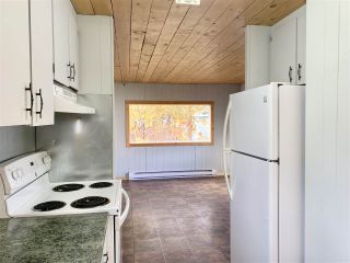 "Photo 7: 55 95 LAIDLAW Road in Smithers: Smithers - Rural Manufactured Home for sale in ""MOUNTAINVIEW MOBILE HOME PARK"" (Smithers And Area (Zone 54))  : MLS®# R2411956"