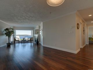 Photo 5: 402 2550 Bevan Ave in : Si Sidney South-East Condo for sale (Sidney)  : MLS®# 860006