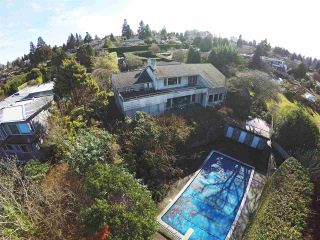 """Photo 2: 5781 NEWTON Wynd in Vancouver: University VW House for sale in """"UBC Endowment Lands"""" (Vancouver West)  : MLS®# R2041733"""