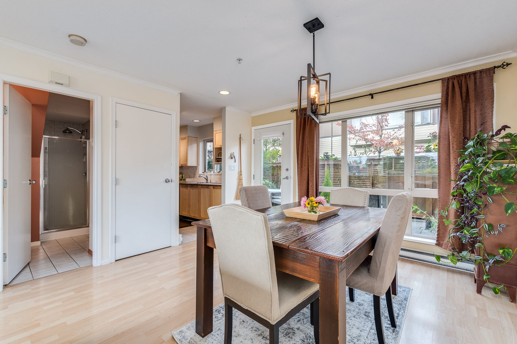 Photo 7: Photos: 7-2389 Charles St in Vancouver: Grandview Woodland Townhouse for sale (Vancouver East)