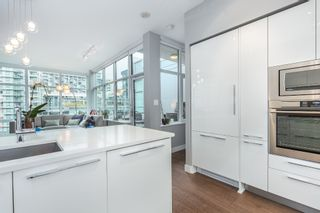 """Photo 10: 712 108 E 1ST Avenue in Vancouver: Mount Pleasant VE Townhouse for sale in """"Meccanica"""" (Vancouver East)  : MLS®# R2126481"""