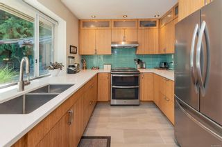 Photo 3: 118 Woodhall Pl in : GI Salt Spring House for sale (Gulf Islands)  : MLS®# 874982