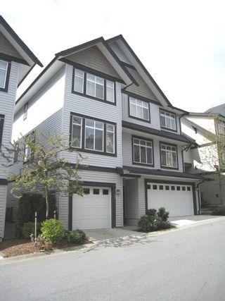Photo 3: # 27 19932 70TH AV in Langley: Condo for sale : MLS®# F1009337