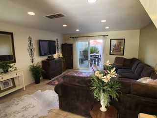 Photo 4: LAKE SAN MARCOS Townhouse for sale : 2 bedrooms : 1522 Grandon Ave in San Marcos