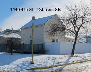 Photo 1: 1440 4th Street in Estevan: City Center Residential for sale : MLS®# SK831485