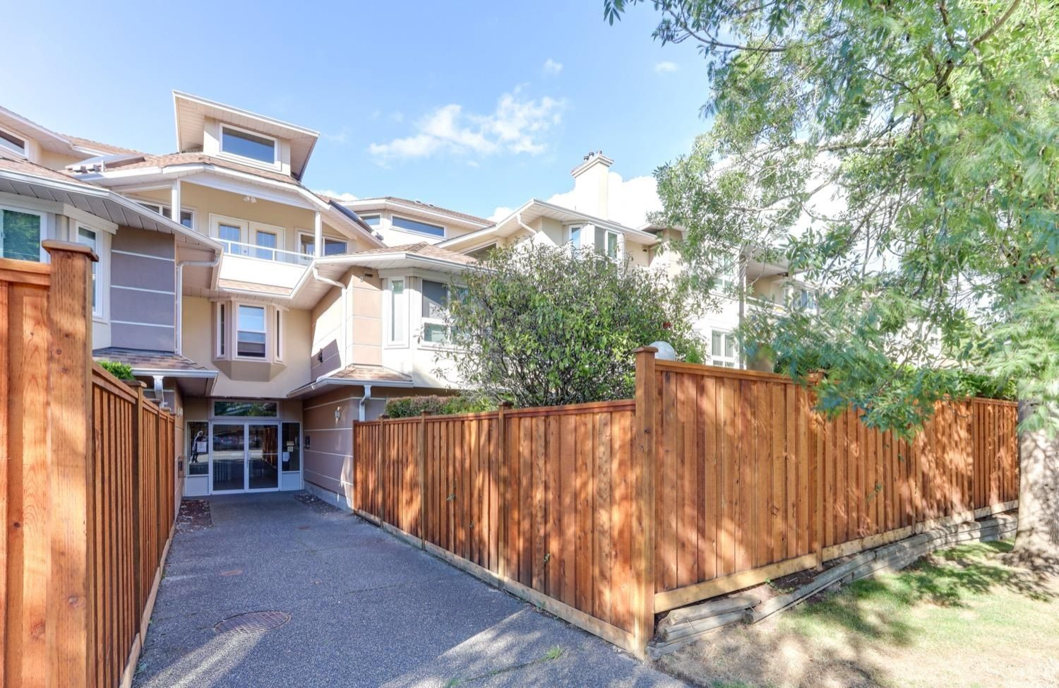 """Main Photo: 208 19721 64 Avenue in Langley: Willoughby Heights Condo for sale in """"Westside Estates"""" : MLS®# R2616852"""